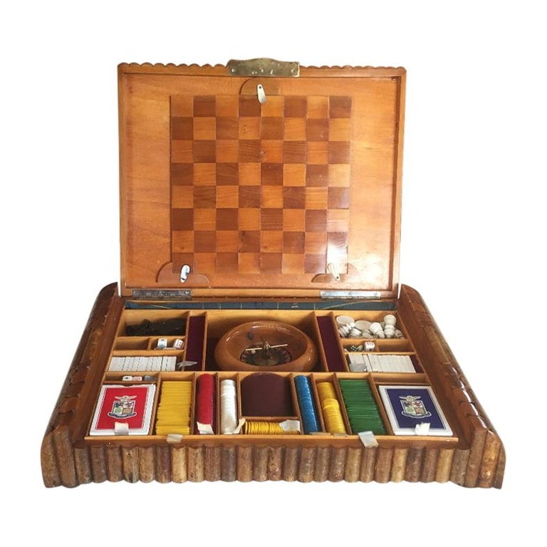 Scatola da gioco Francia 1930 -  French Art Deco Game Box 1930 in Wood, 1930s