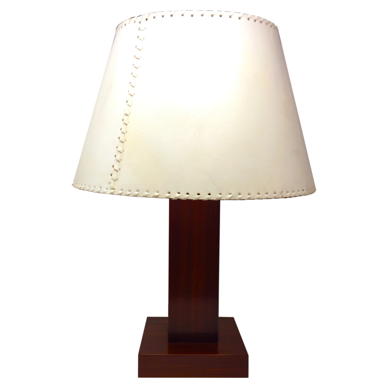 Lampada in palissandro e pergamena Table lamp in rosewood and parchment
