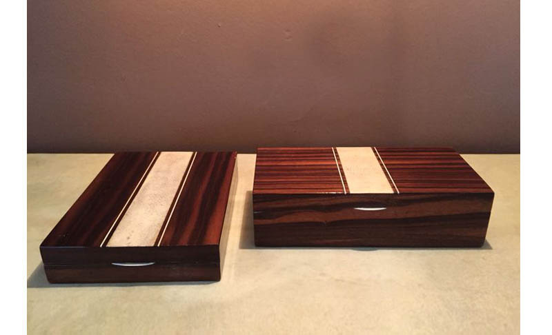 Coppia di scatole in galuchat e palissandro  Pair of boxes in galuchat and rosewood